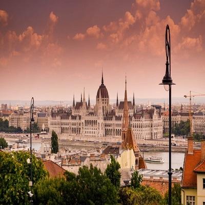 کالج دونا مجارستان
