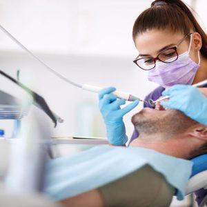 تحصیل در دانشکده دندانپزشکی دانشگاه پچ مجارستان
